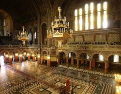 Vecinătăți sacre: Catedrala (III)