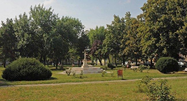 Vecinătăți cu spații verzi și parcuri